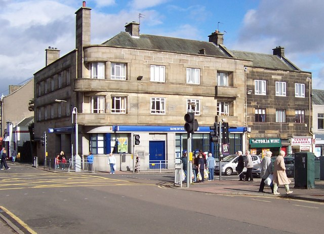 File:Junction of Church St, High St, Johnstone - geograph.org.uk - 931035.jpg