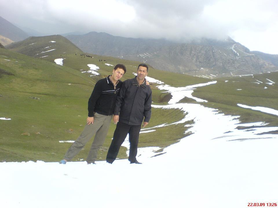 چشم انداز زیبا از زمستان خان کندی