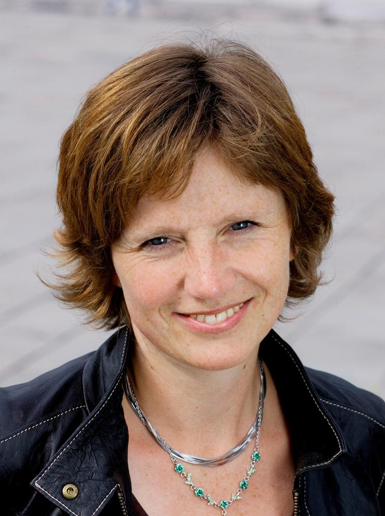 Kjersti Holm