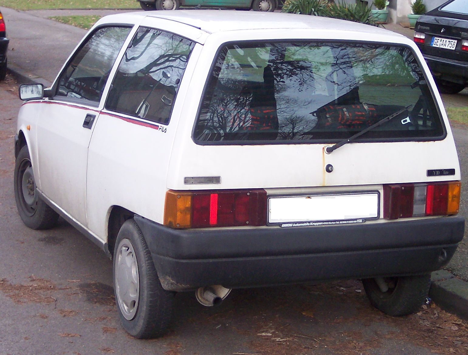 File:Lancia Y10 hl white.jpg - Wikimedia Commons