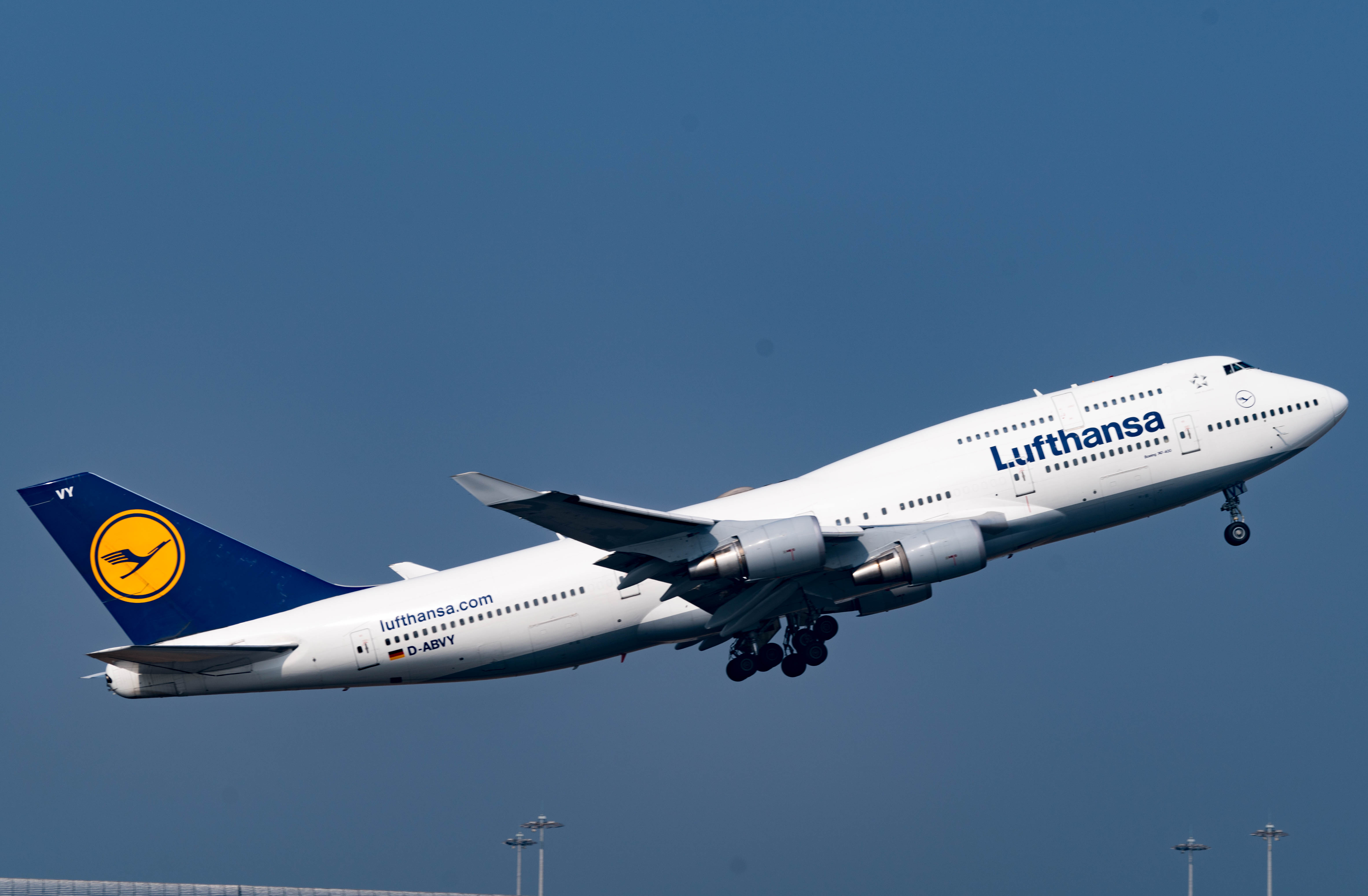file lufthansa boeing 747 430 d abvy 25351027515 jpg wikimedia commons. Black Bedroom Furniture Sets. Home Design Ideas