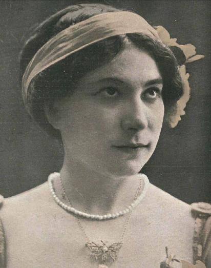 Margarita Xirgu en 1910.JPG