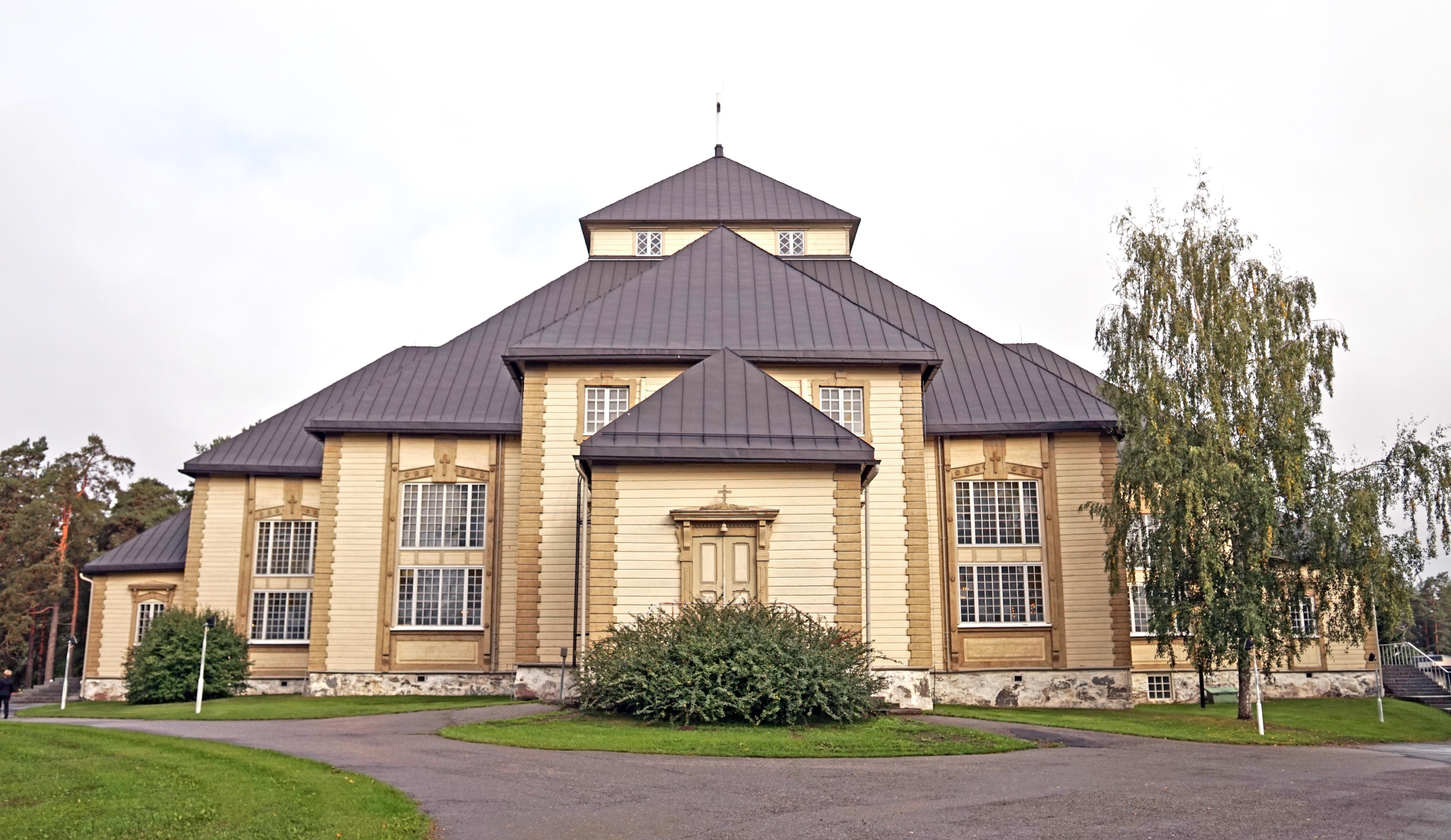 Mikkeli Parish Church 3.jpg