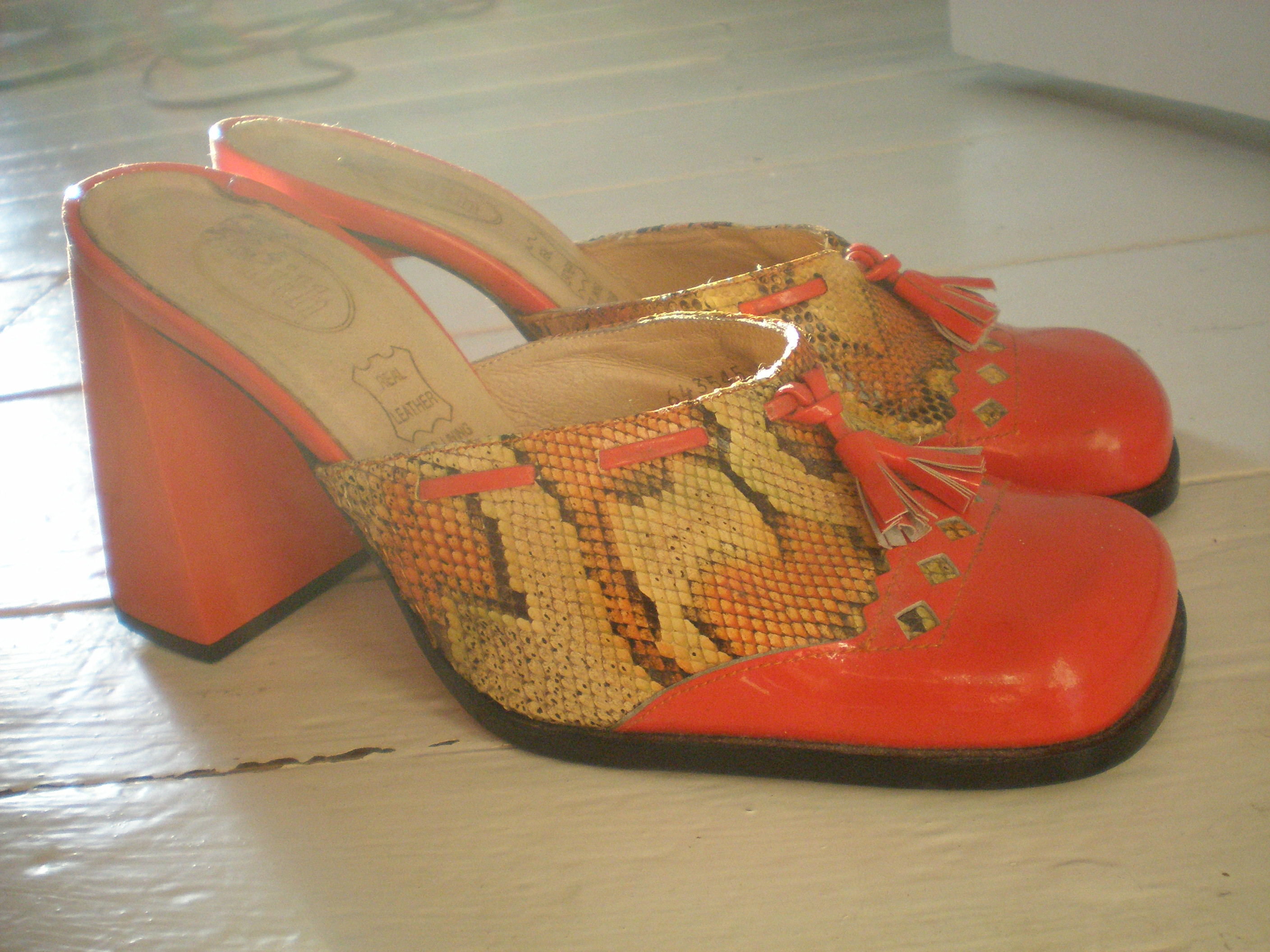 Red Shoes Cross Straps