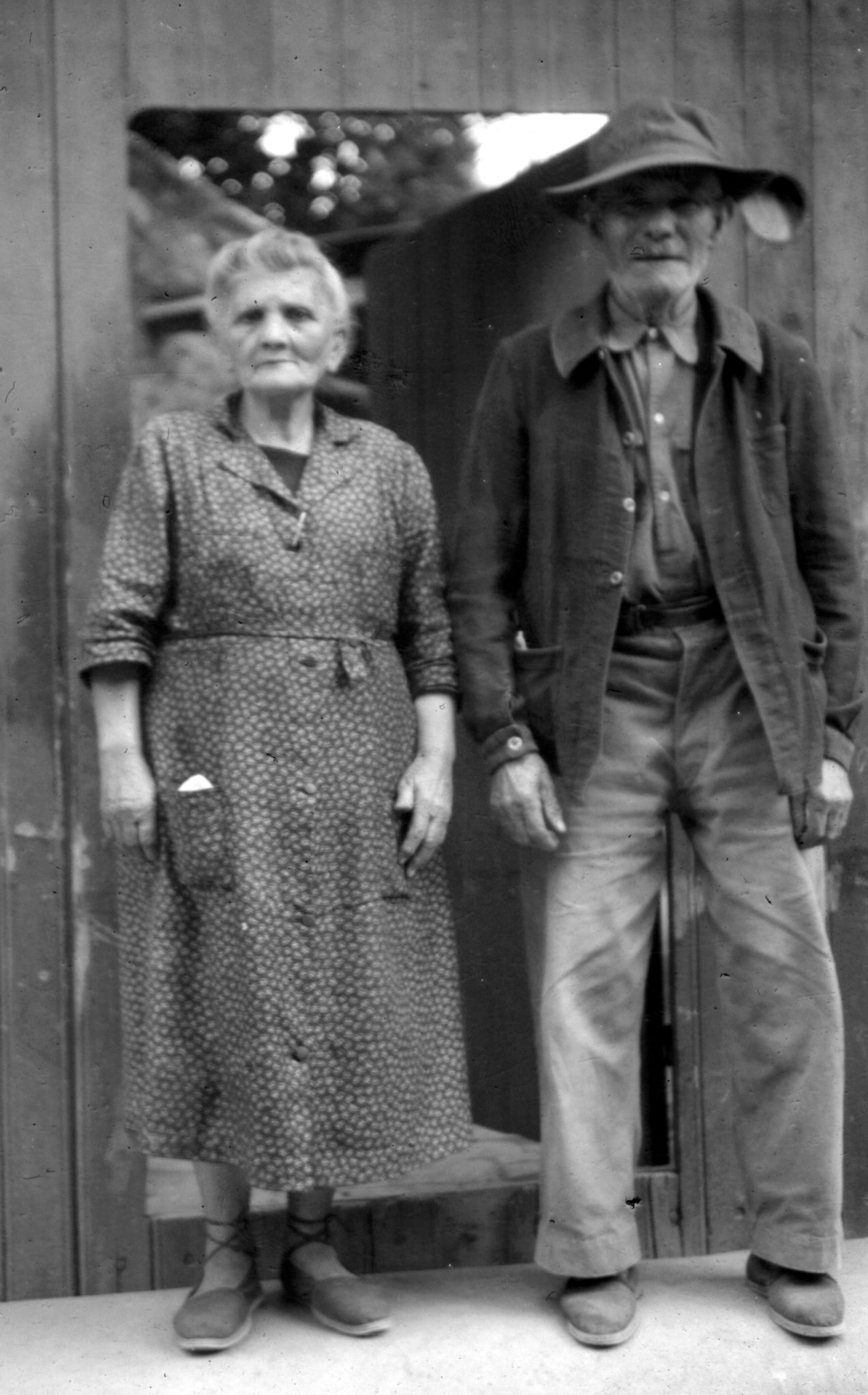 file old couple     wikimedia commons