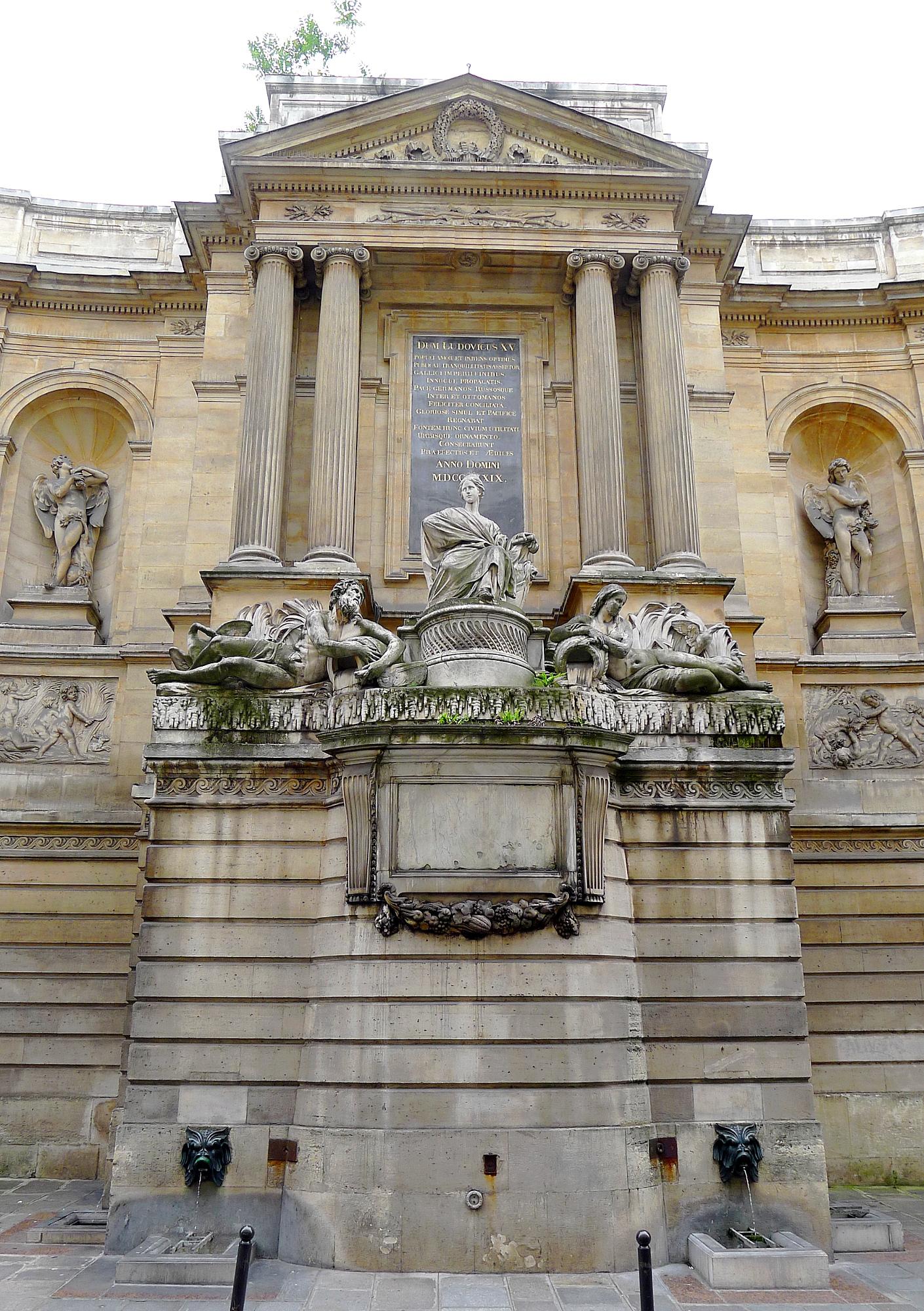https://upload.wikimedia.org/wikipedia/commons/0/0e/P1110393_Paris_VII_fontaine_des_quatre_saisons_rwk.JPG