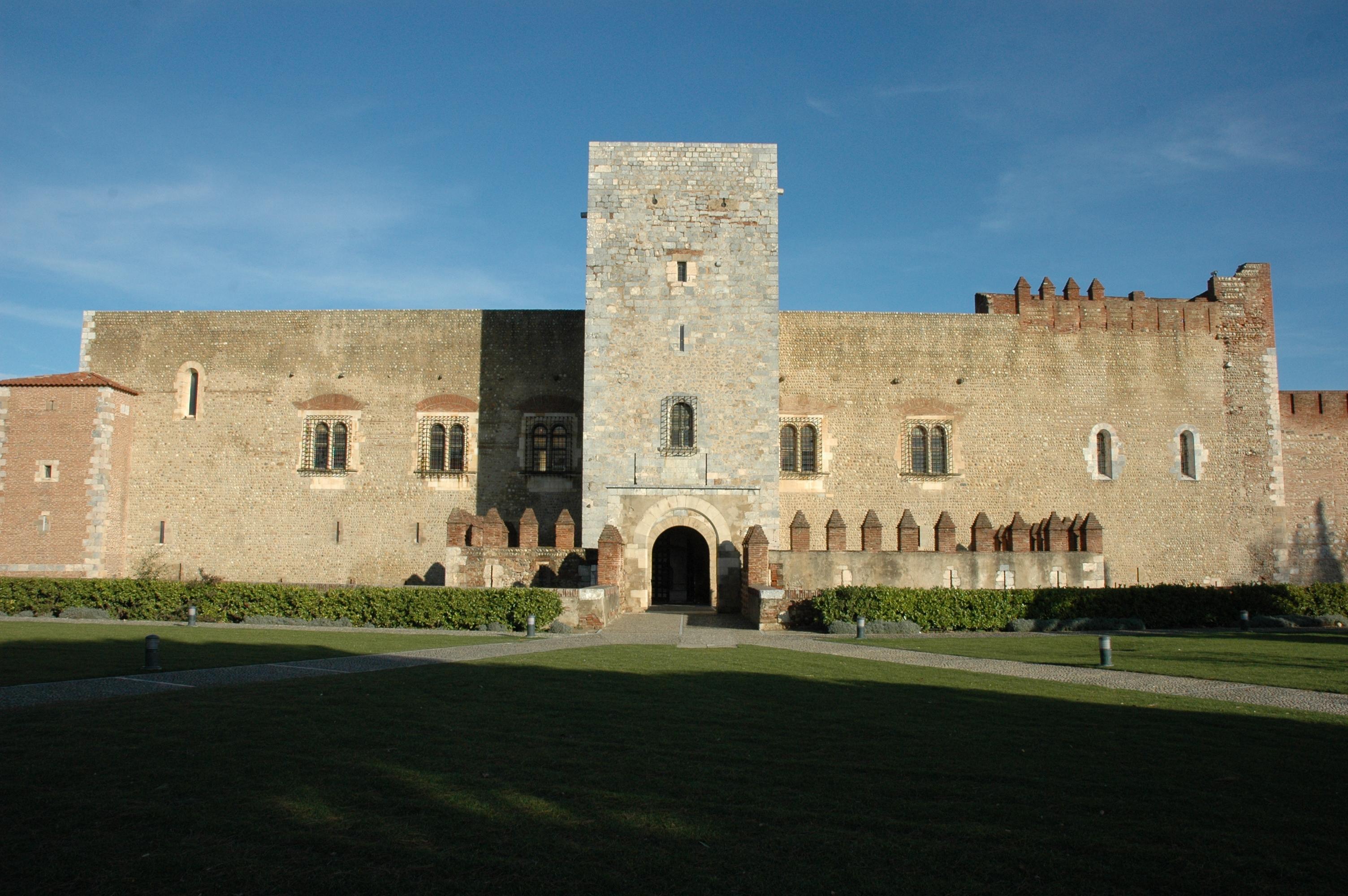 Palacio de los Reyes de Mallorca - Wikipedia, la enciclopedia libre