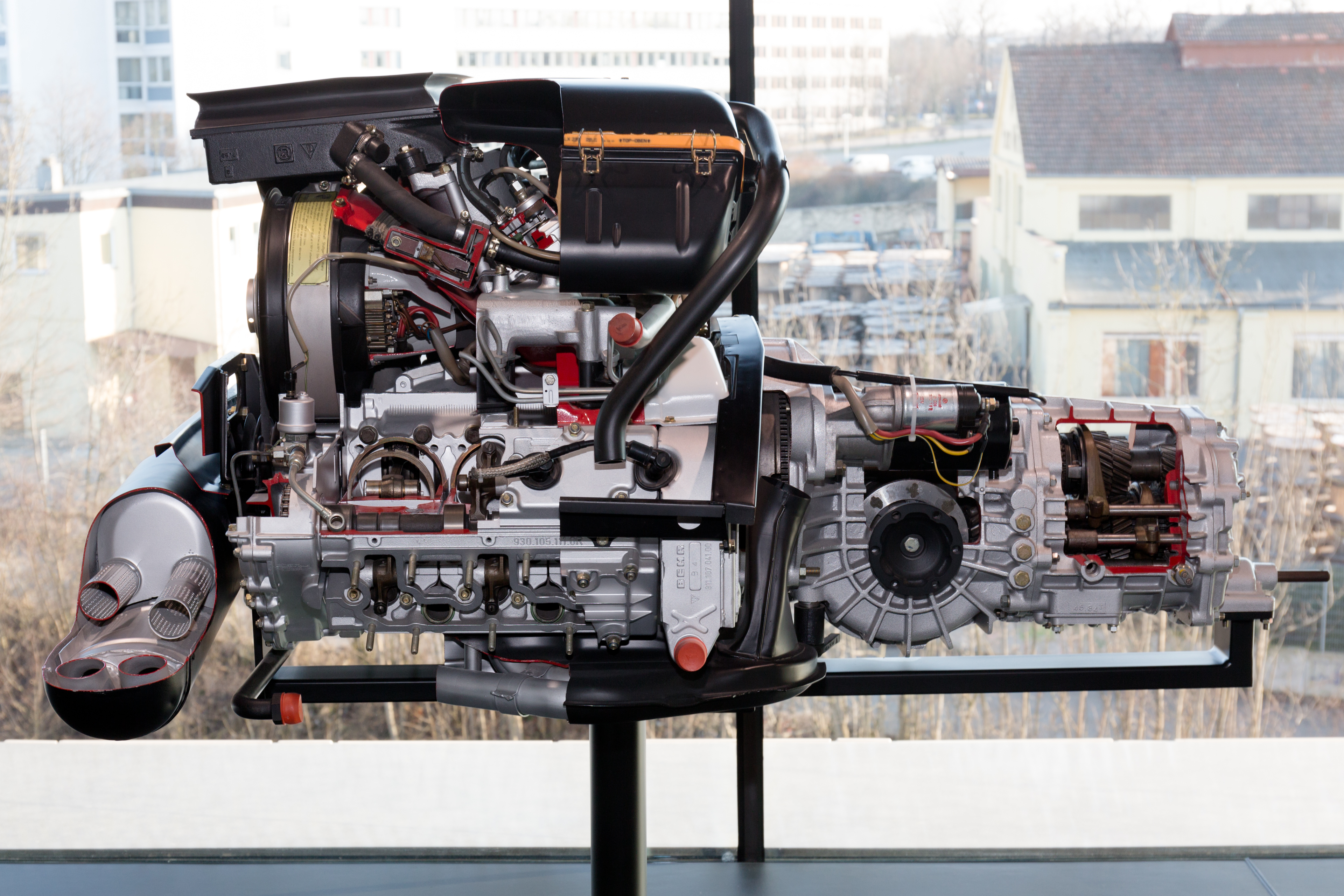 File Porsche 930 60 Engine Left Porsche Museum Jpg