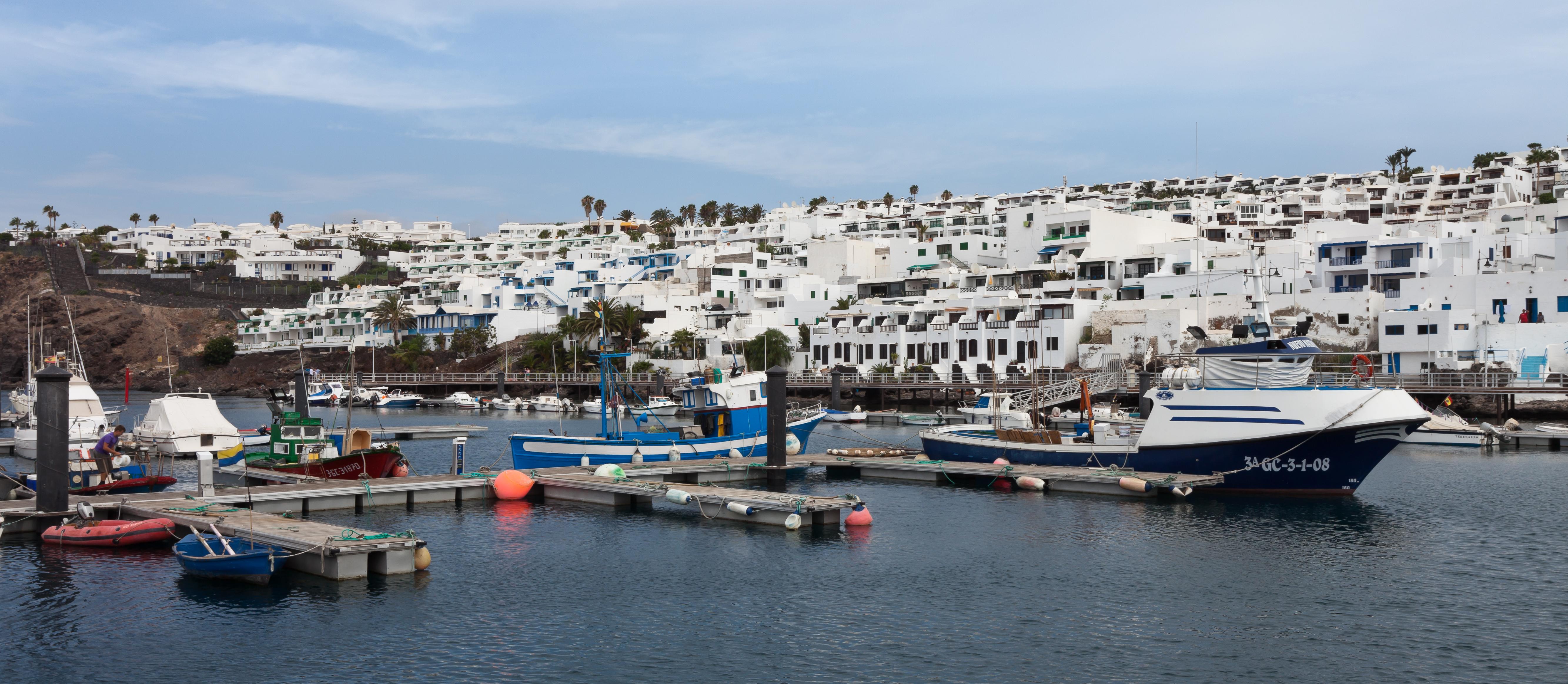 File puerto de puerto del carmen wikimedia commons - Port del carmen lanzarote ...