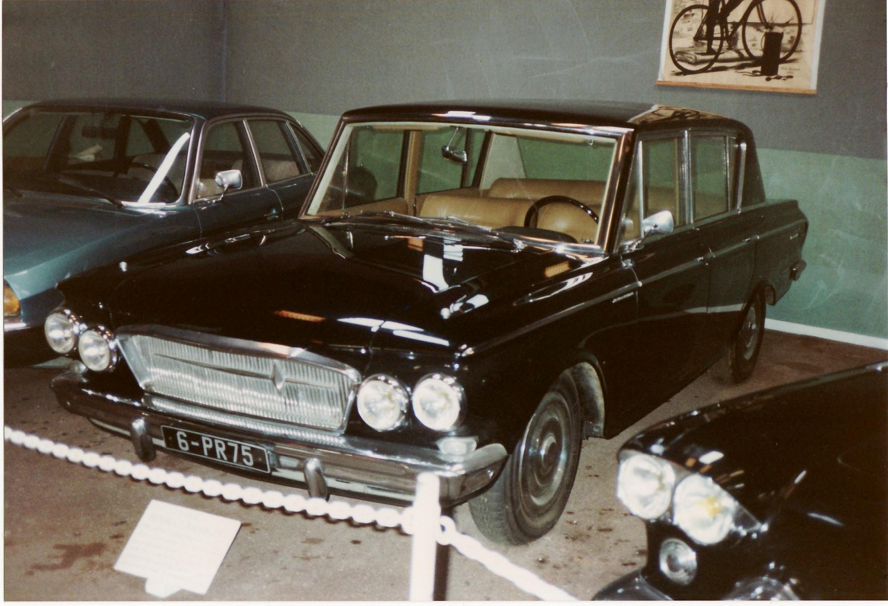 File:Rambler Renault Presidential 1962 (16284294938).jpg - Wikimedia ...