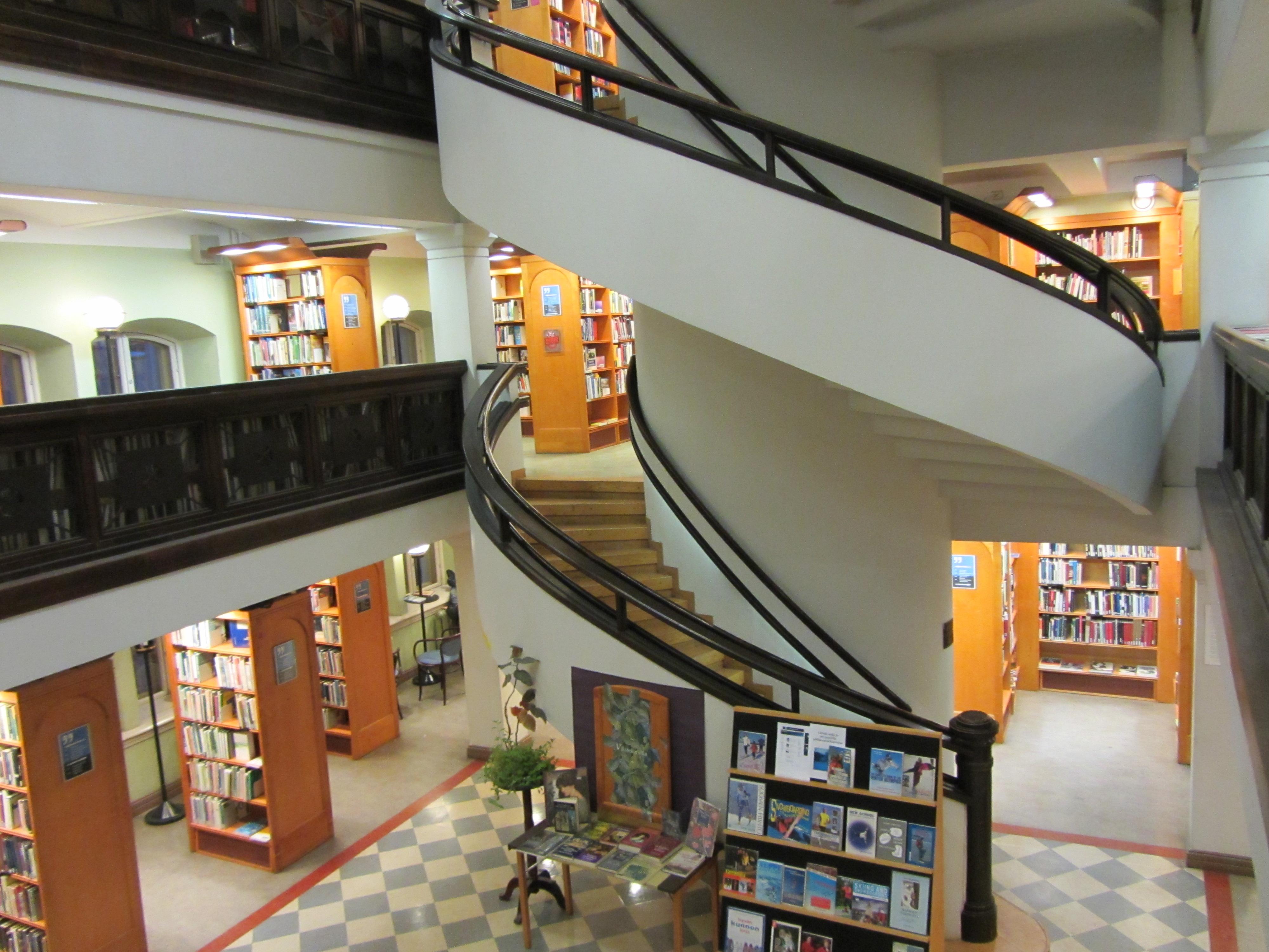 Fichier:Richardinkatu Library Interior C IMG 3199.JPG