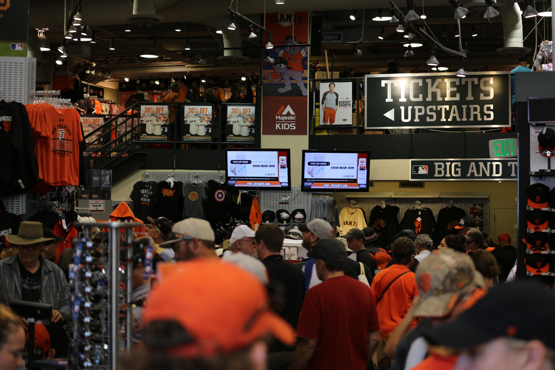 detailed look 13d54 44782 File:San Francisco Giants Fan Store (TK).JPG - Wikimedia Commons