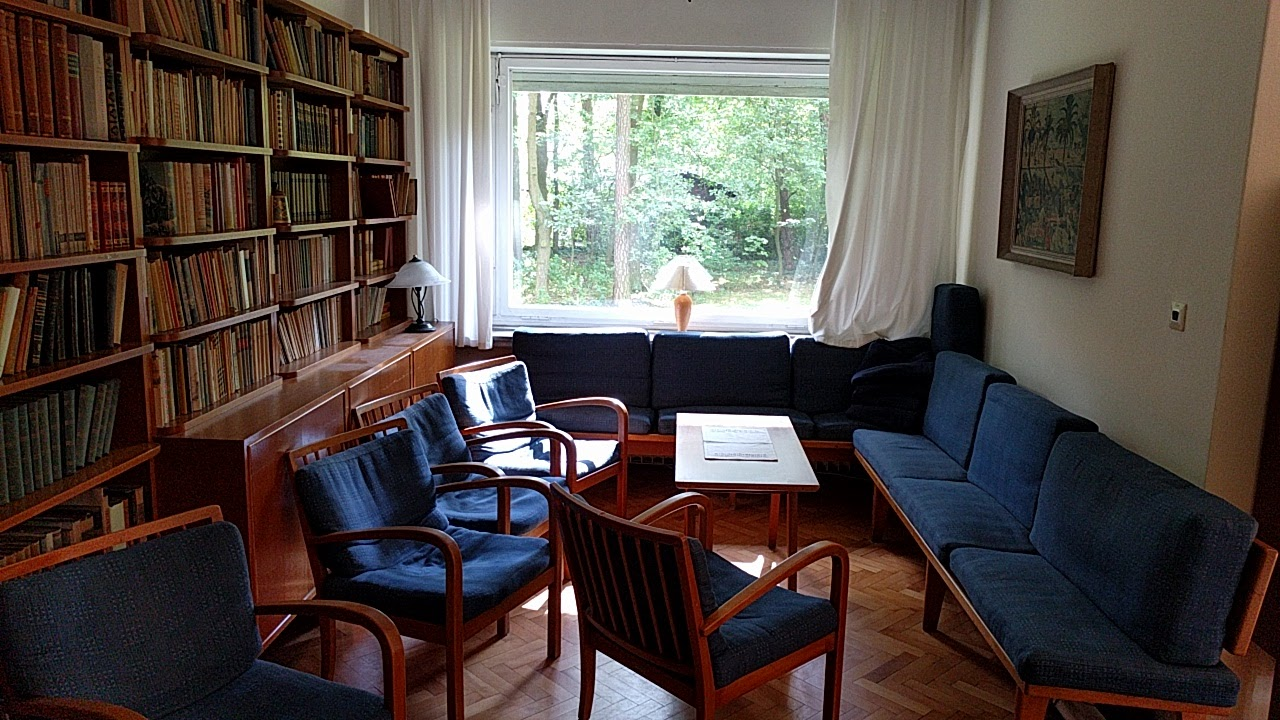 Wolf Haus file sitzecke friedrich wolf haus jpg wikimedia commons