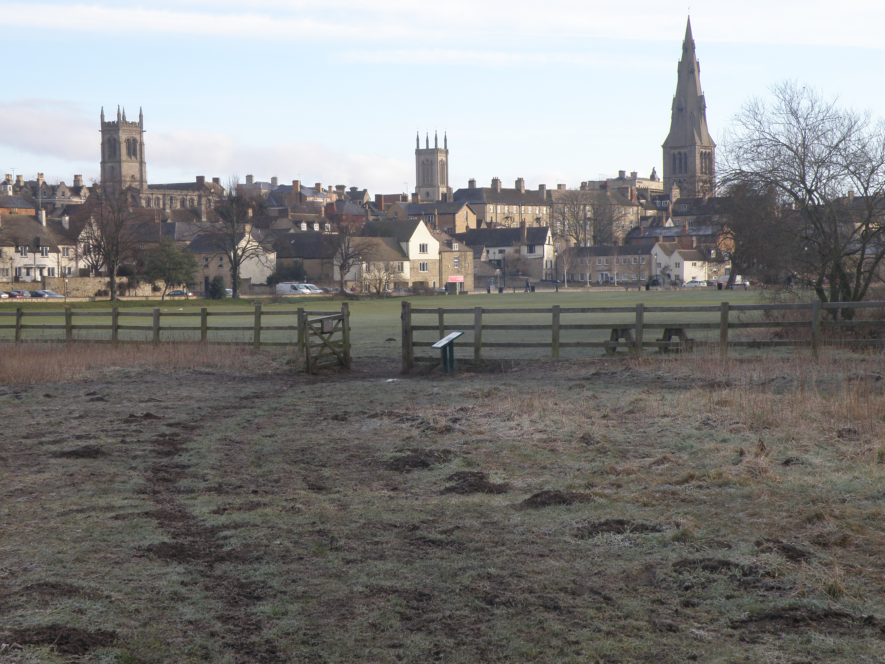 File:Stamford town scape - geograph.org.uk - 1737389.jpgbalance of stamford town