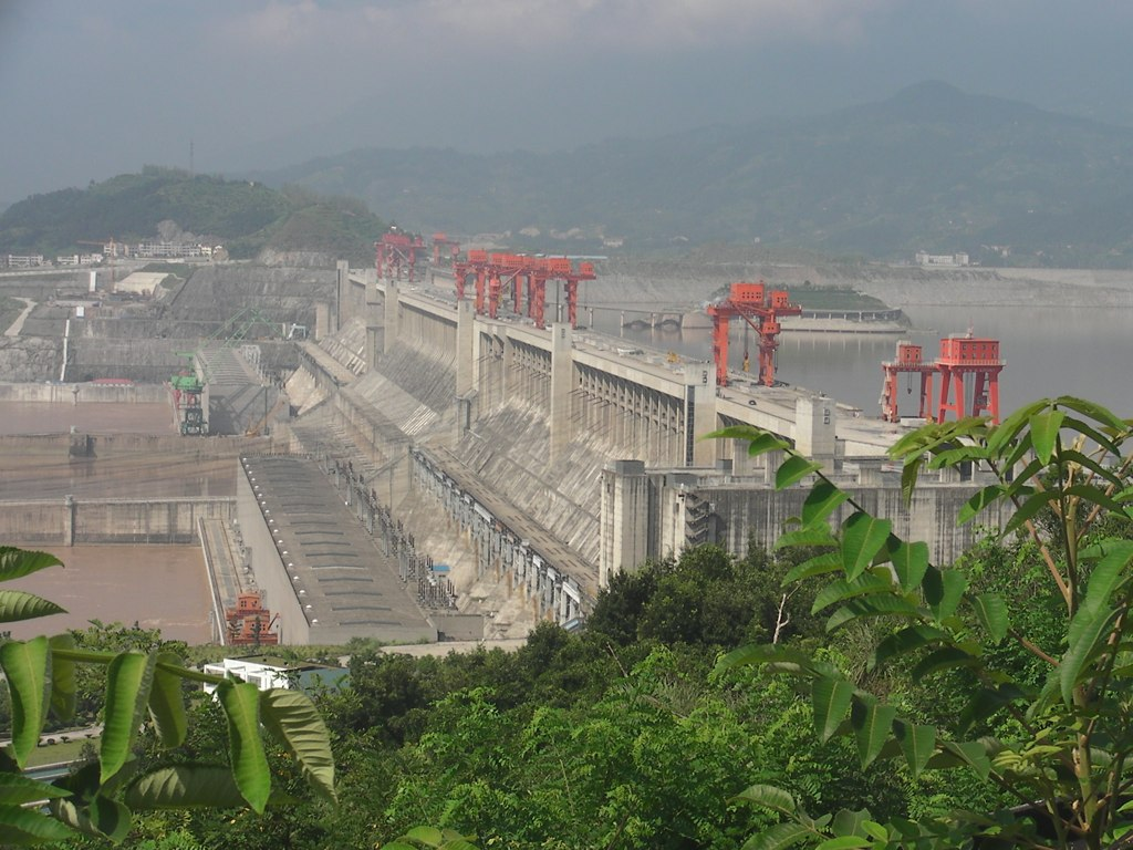 gorges dam Now they tell us: china's ruling state council has just issued a statement  acknowledging serious flaws in the colossal three gorges dam.