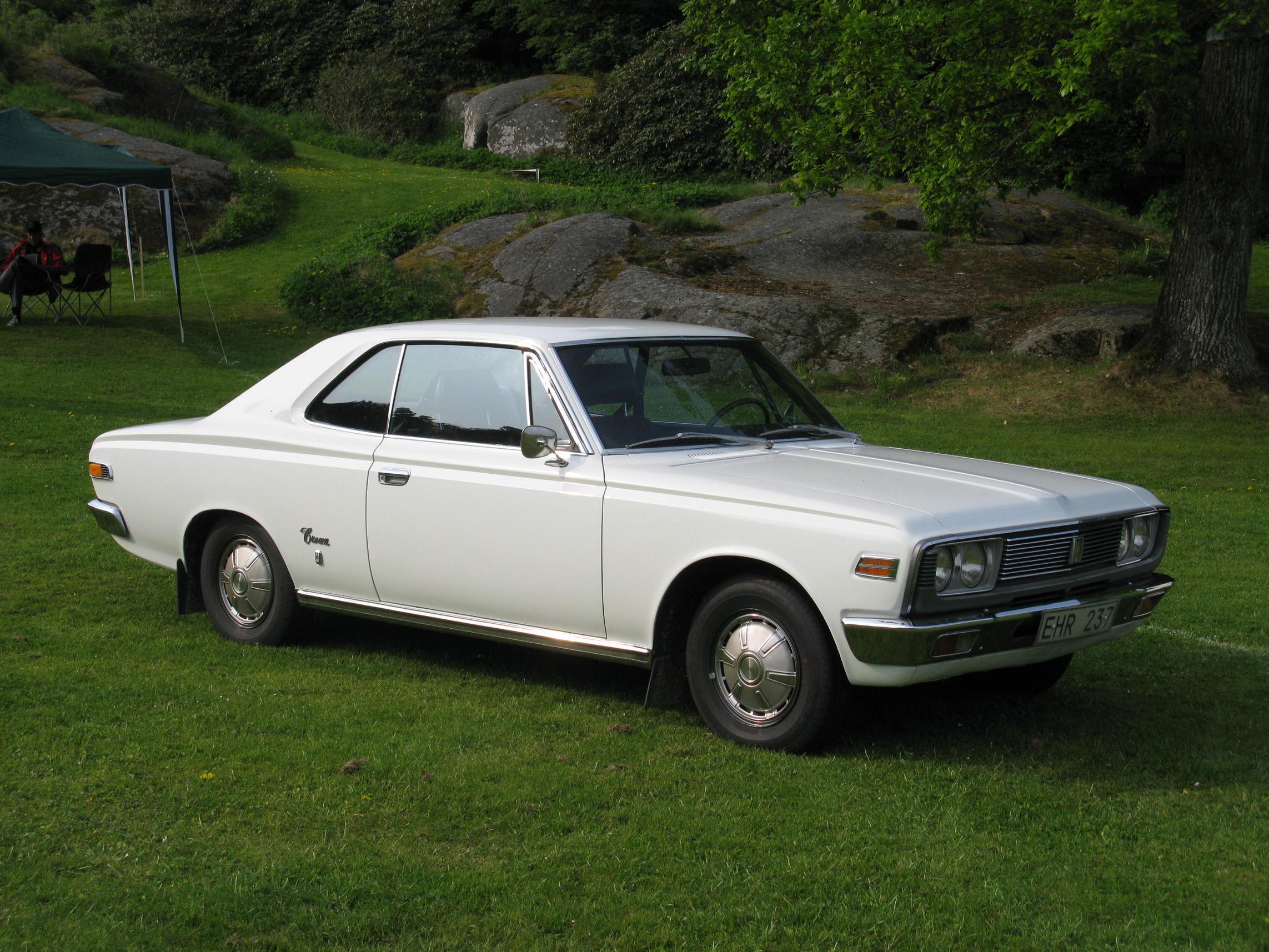 Kekurangan Toyota Crown 1970 Spesifikasi