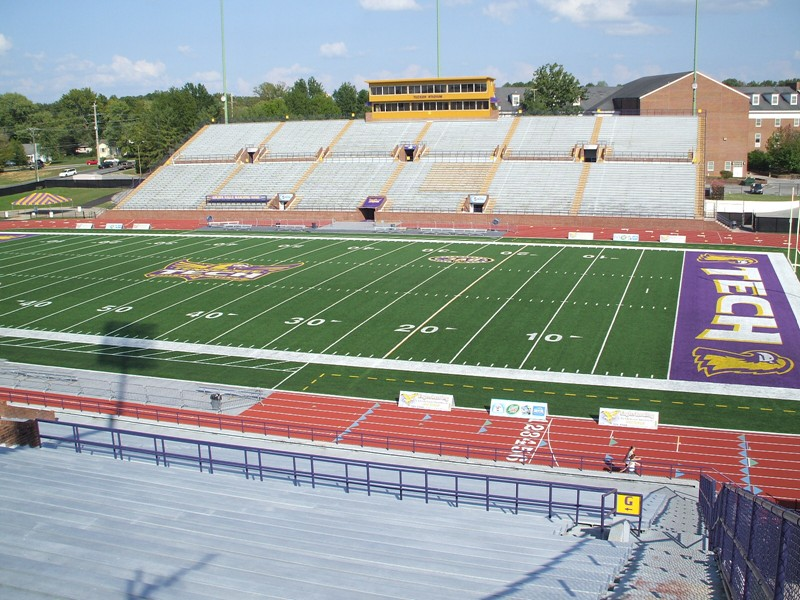 Tucker Stadium - Wikipedia