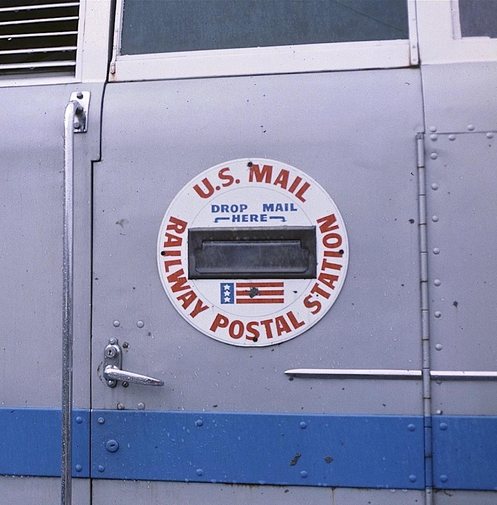 File:US Mail Slot In Zooliner Trainu0027s Cab Door, WPu0026Z Ry   Portland,