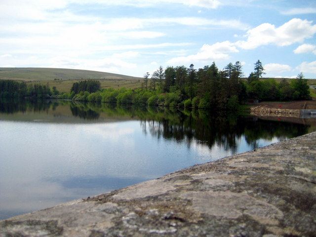 View over Venford Reservoir - geograph.org.uk - 1321536