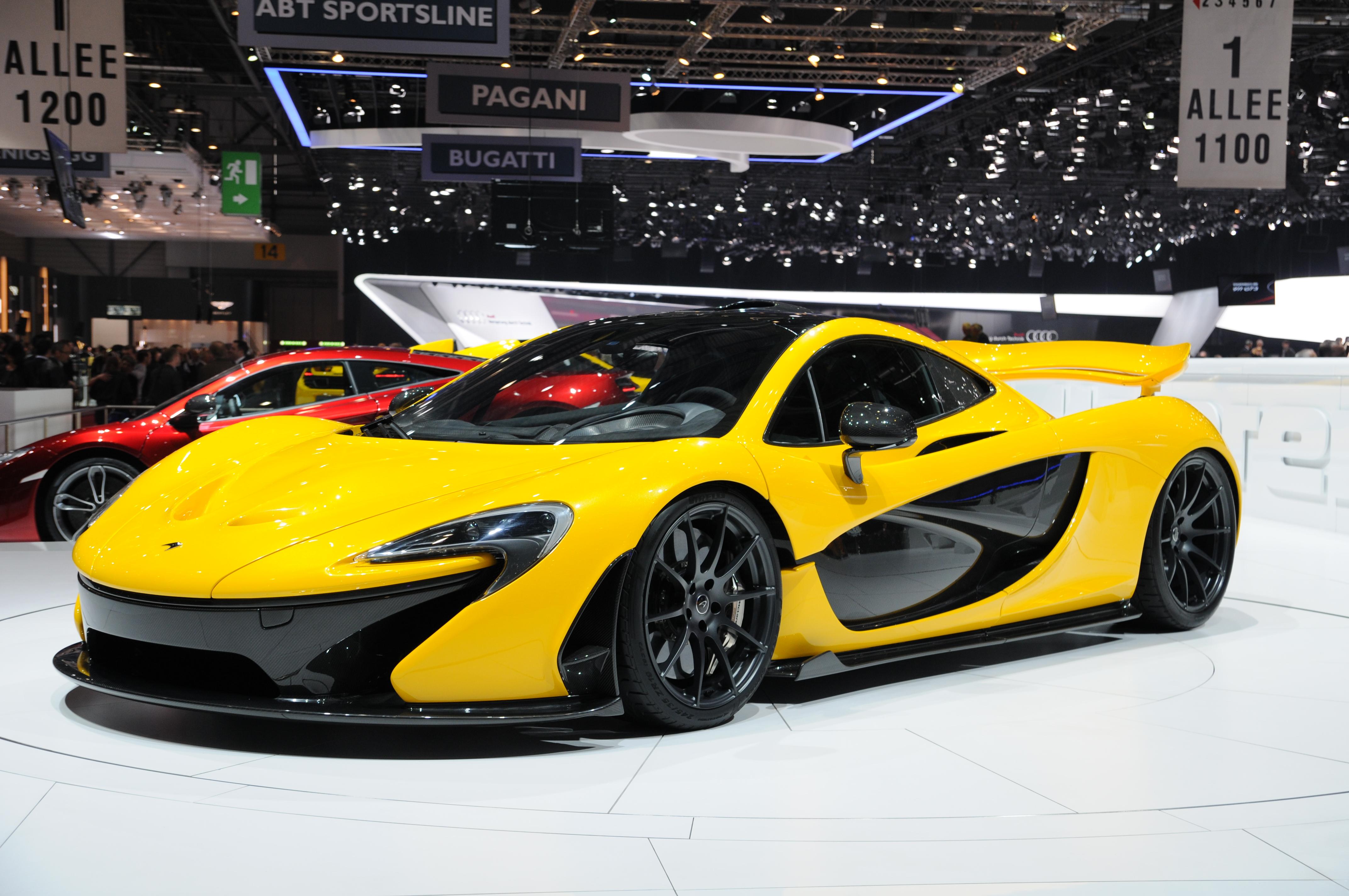 https://upload.wikimedia.org/wikipedia/commons/0/0f/2013-03-05_Geneva_Motor_Show_7846.JPG