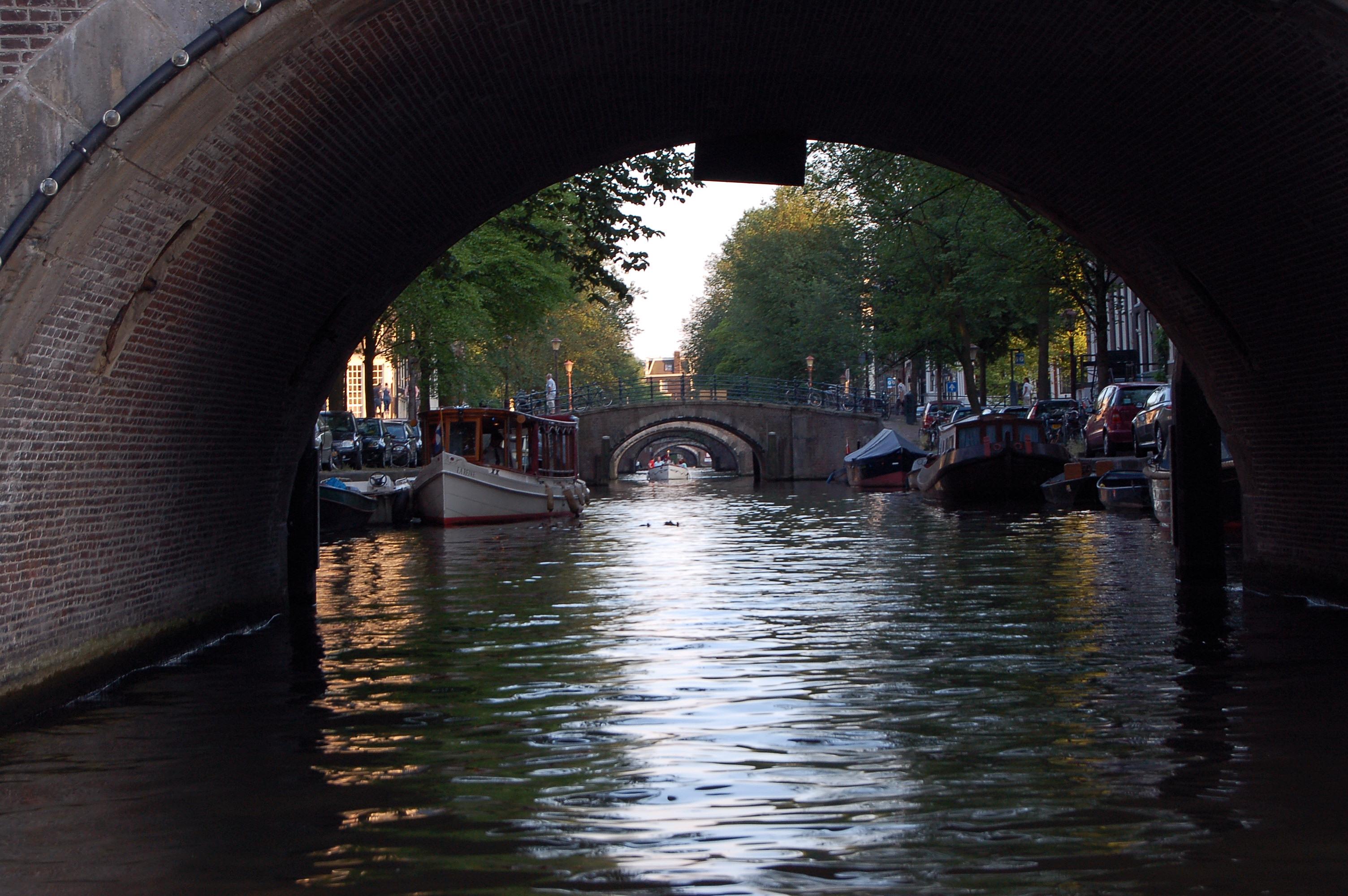 File Amsterdam Seven Bridges Wikimedia