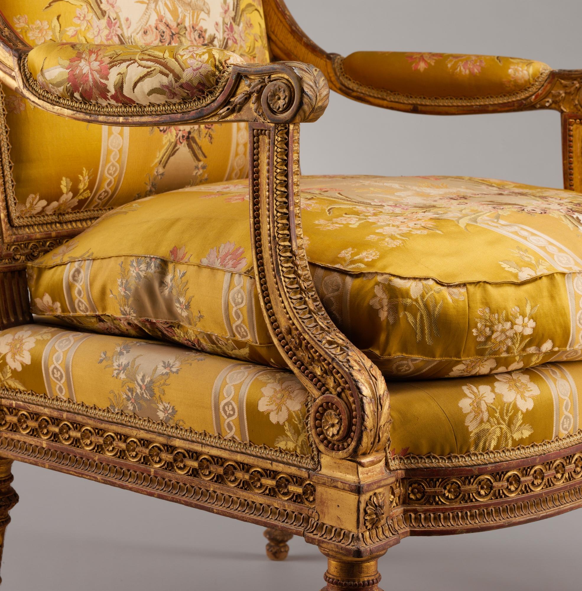 FileArmchair Fauteuil From Louis XVIs Salon Des Jeux At Saint - Fauteuil salon original