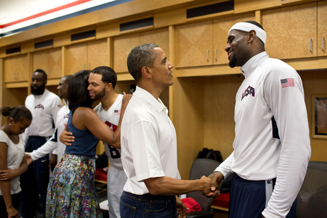 File:Barack Obama shaking hands with LeBron James, July ...