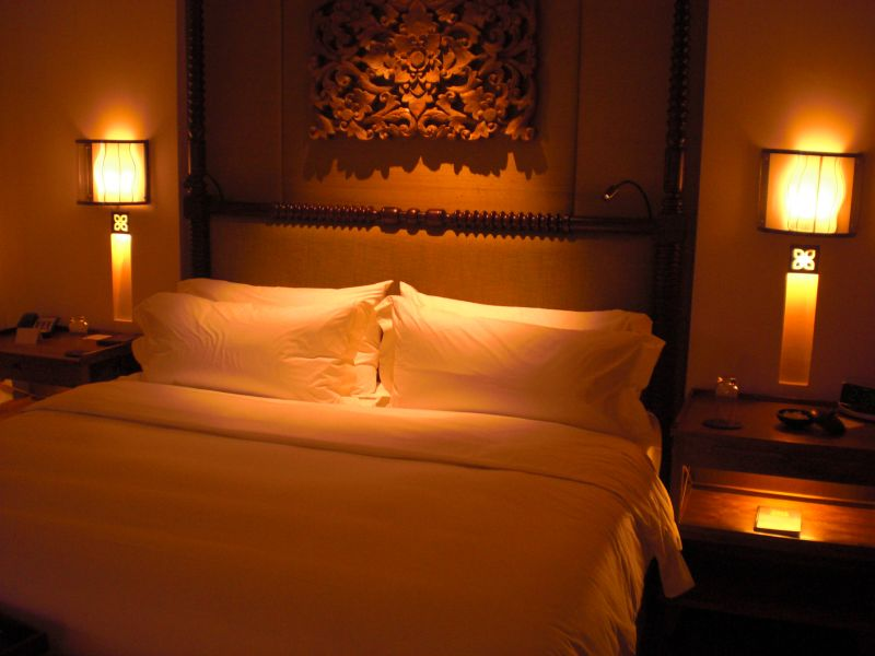 File:Bedroom @ night (3119861751).jpg - Wikimedia Commons