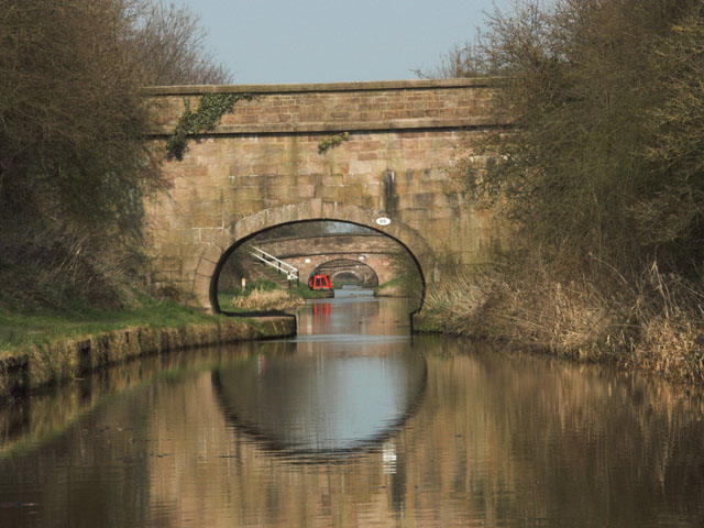 Bridges over the Macclesfield Canal - geograph.org.uk - 396164