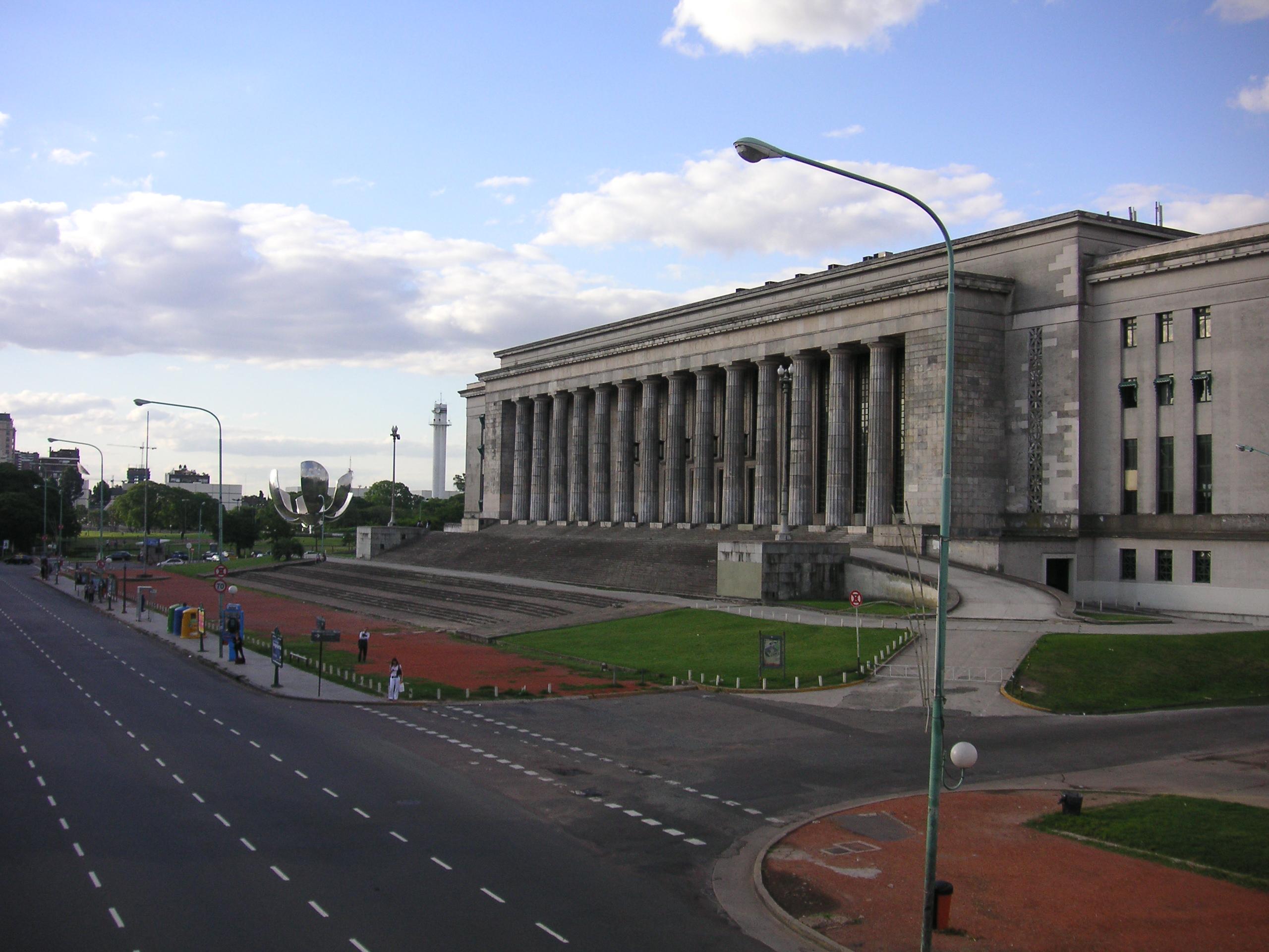 File:Buenos Aires - Floralis generica - Facultad de ...