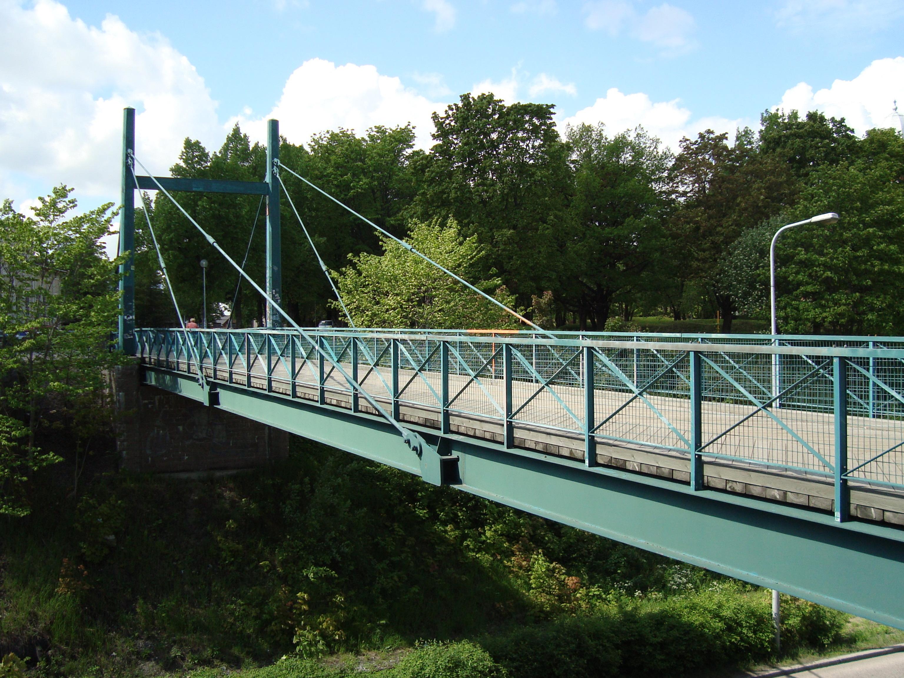 File:Cable-stayed bridge Lappeenranta 2 JPG - Wikimedia Commons