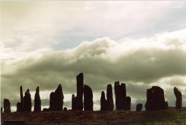 File:Callanish stone circle - geograph.org.uk - 17031.jpg