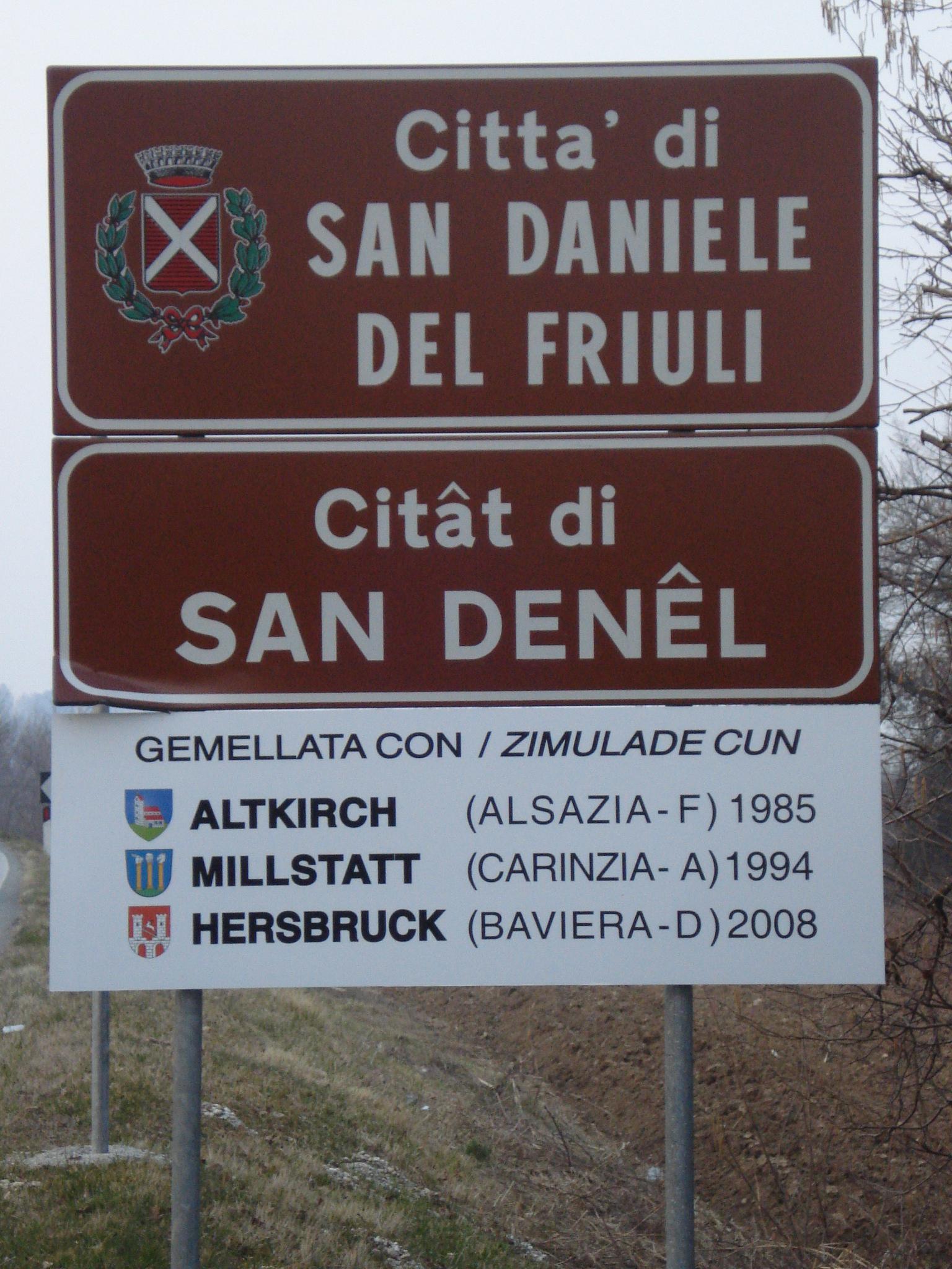 Autobus a San Daniele del Friuli