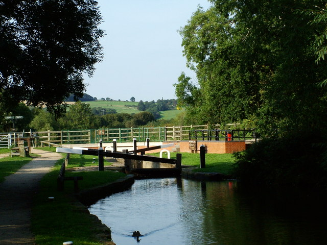 Chesterfield Canal - Wheeldon Mill Lock - geograph.org.uk - 356717