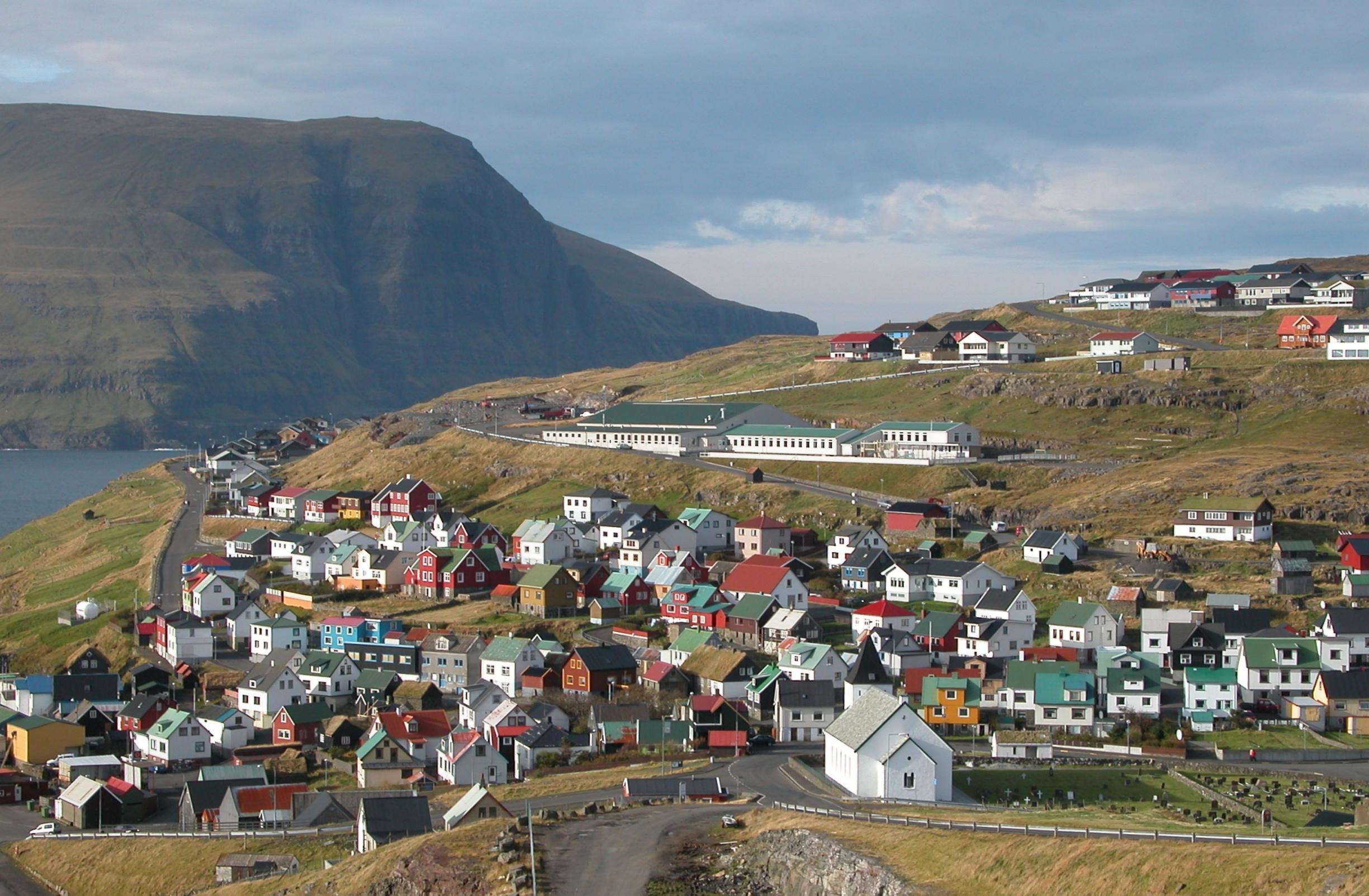Ei%C3%B0i%2C_Faroe_Islands_%282%29.JPG