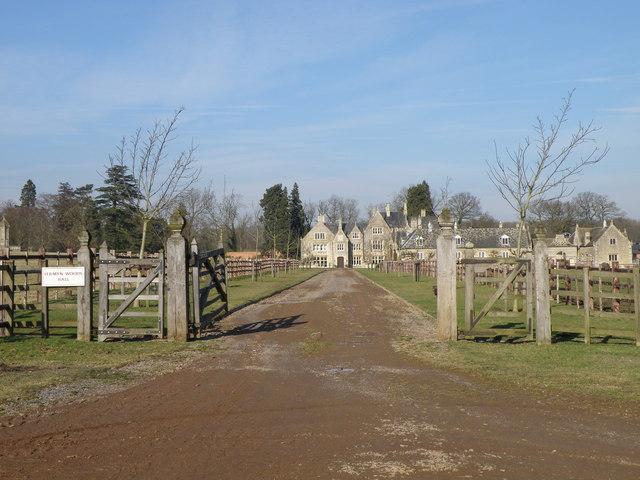 Fermyn Woods Hall - geograph.org.uk - 1180445