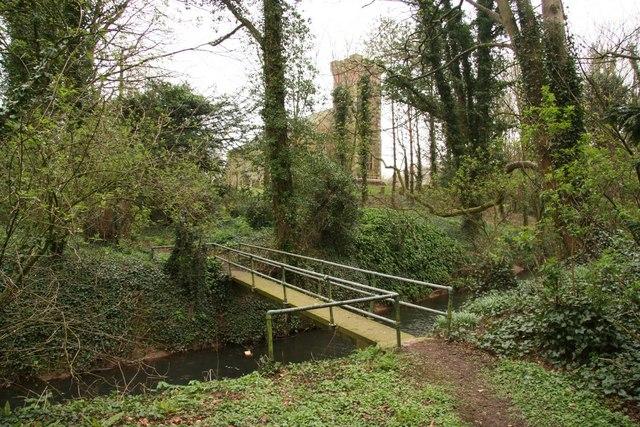 Footbridge at Bilsby - geograph.org.uk - 770715