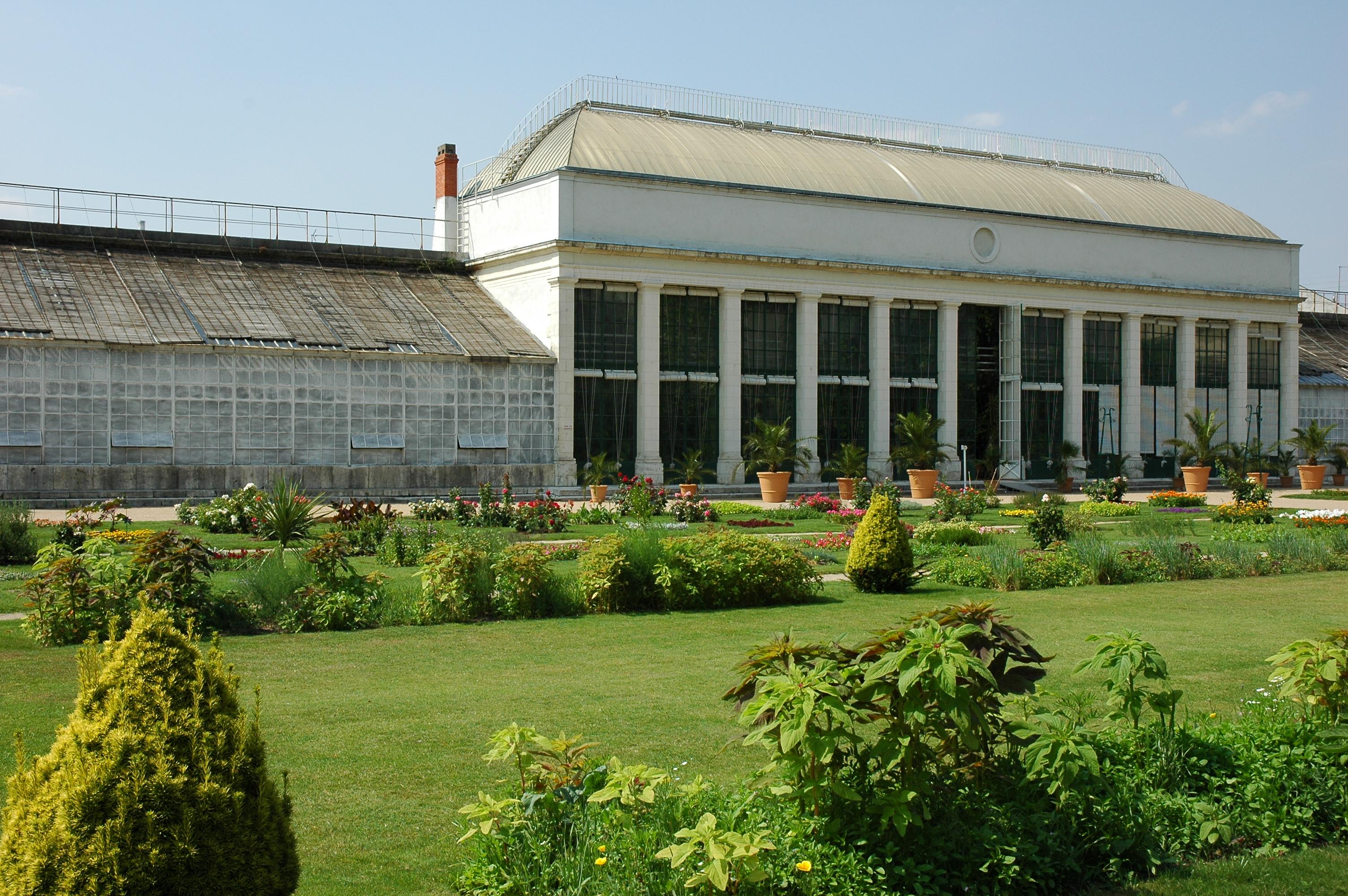 File france orleans jardin des plantes 03 jpg wikimedia - Maison jardin des plantes nantes orleans ...