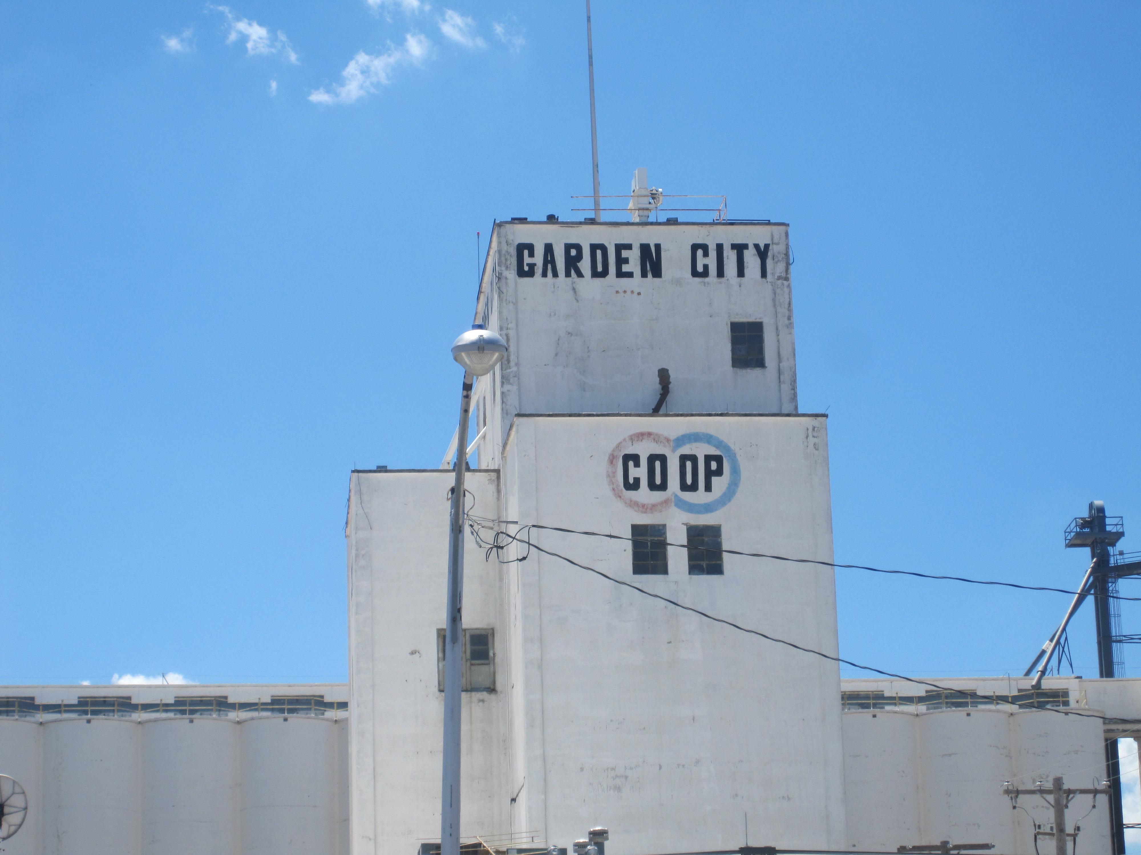 garden city - photo #48