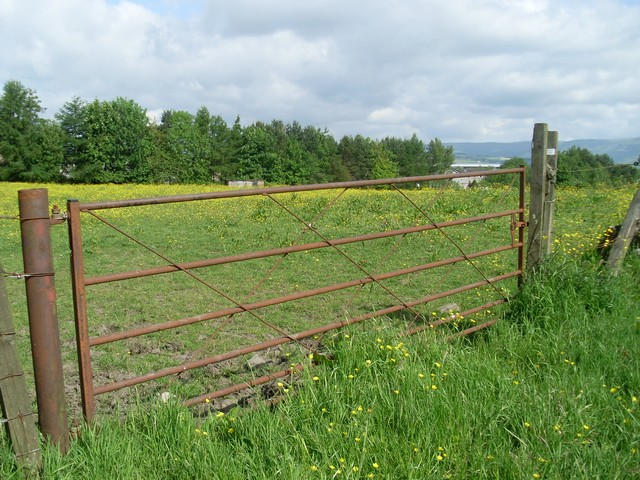 Gate at field east of Bishopbriggs By Westerhill Road.