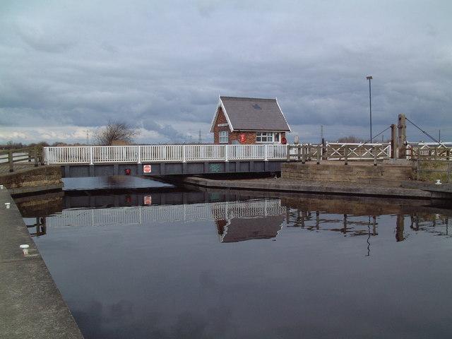 Godnow Bridge - geograph.org.uk - 140519