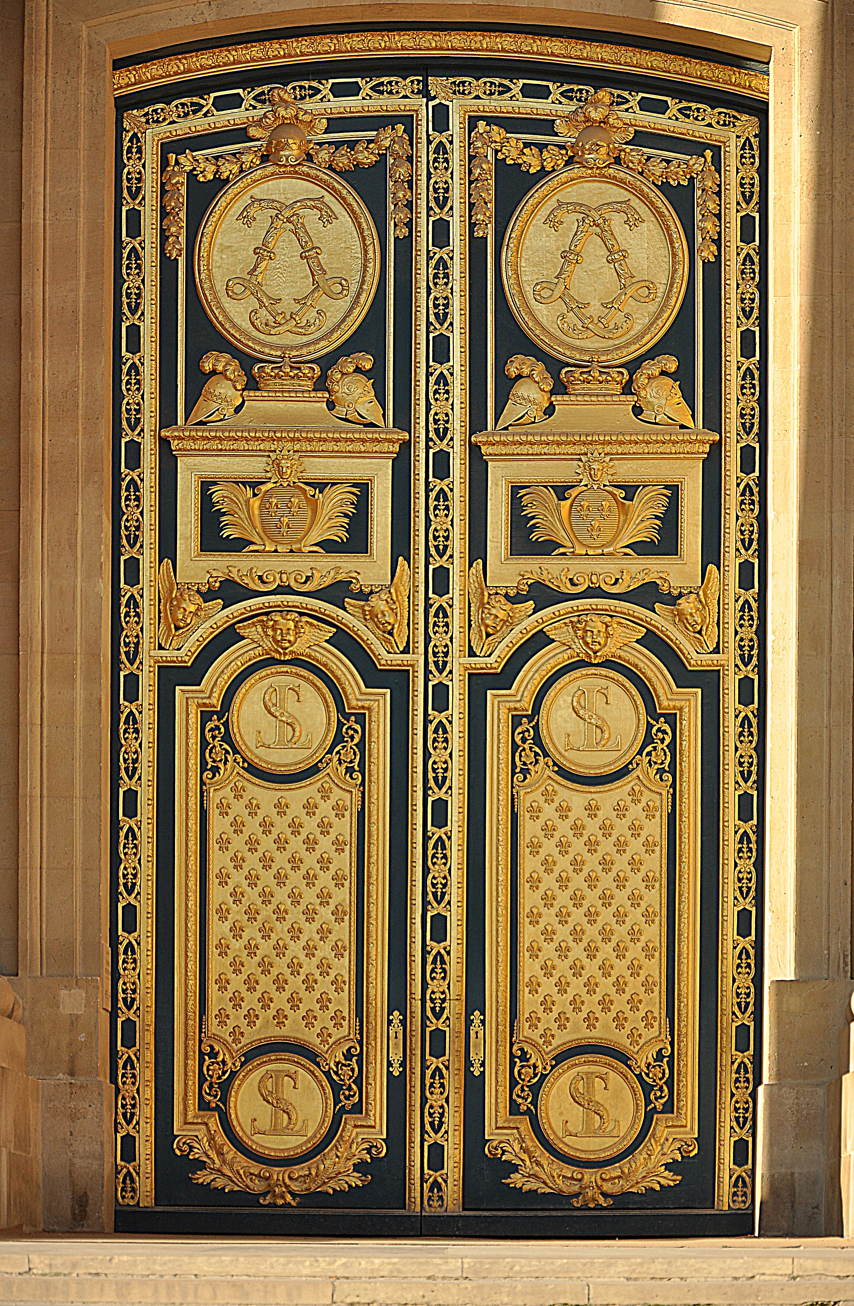 File h tel des invalides wikimedia commons for Porte french to english