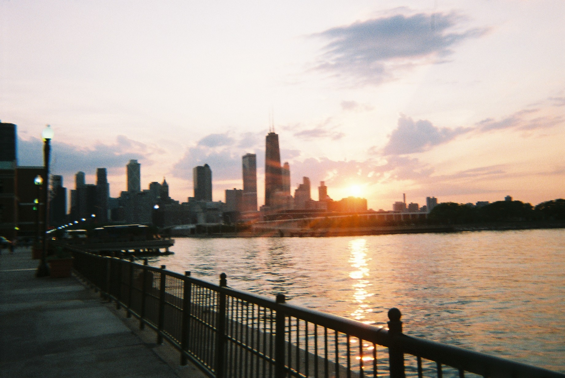 File:Hancock center at sunset, from navy pier, june 06.jpg ... | 1840 x 1232 jpeg 1192kB