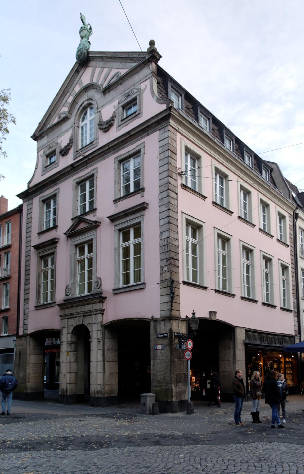 datei haus flinger strasse 1 in duesseldorf altstadt von. Black Bedroom Furniture Sets. Home Design Ideas
