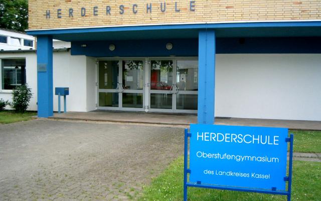 Datei:Herderschule Kassel.jpg