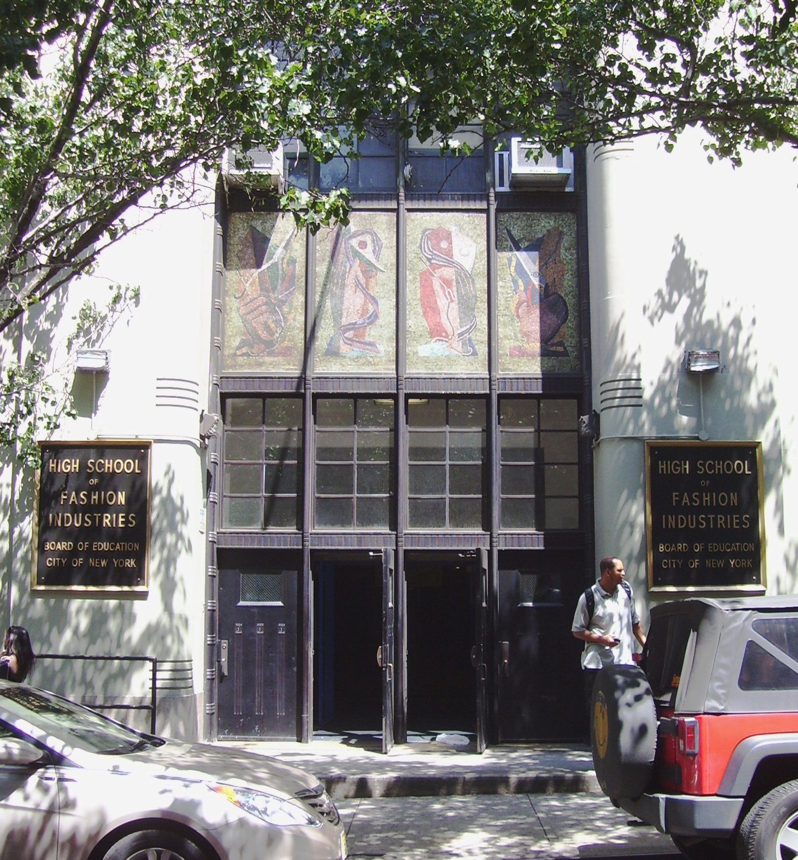 File:High School of Fashion Industries 225 West 24th Street entrance ...