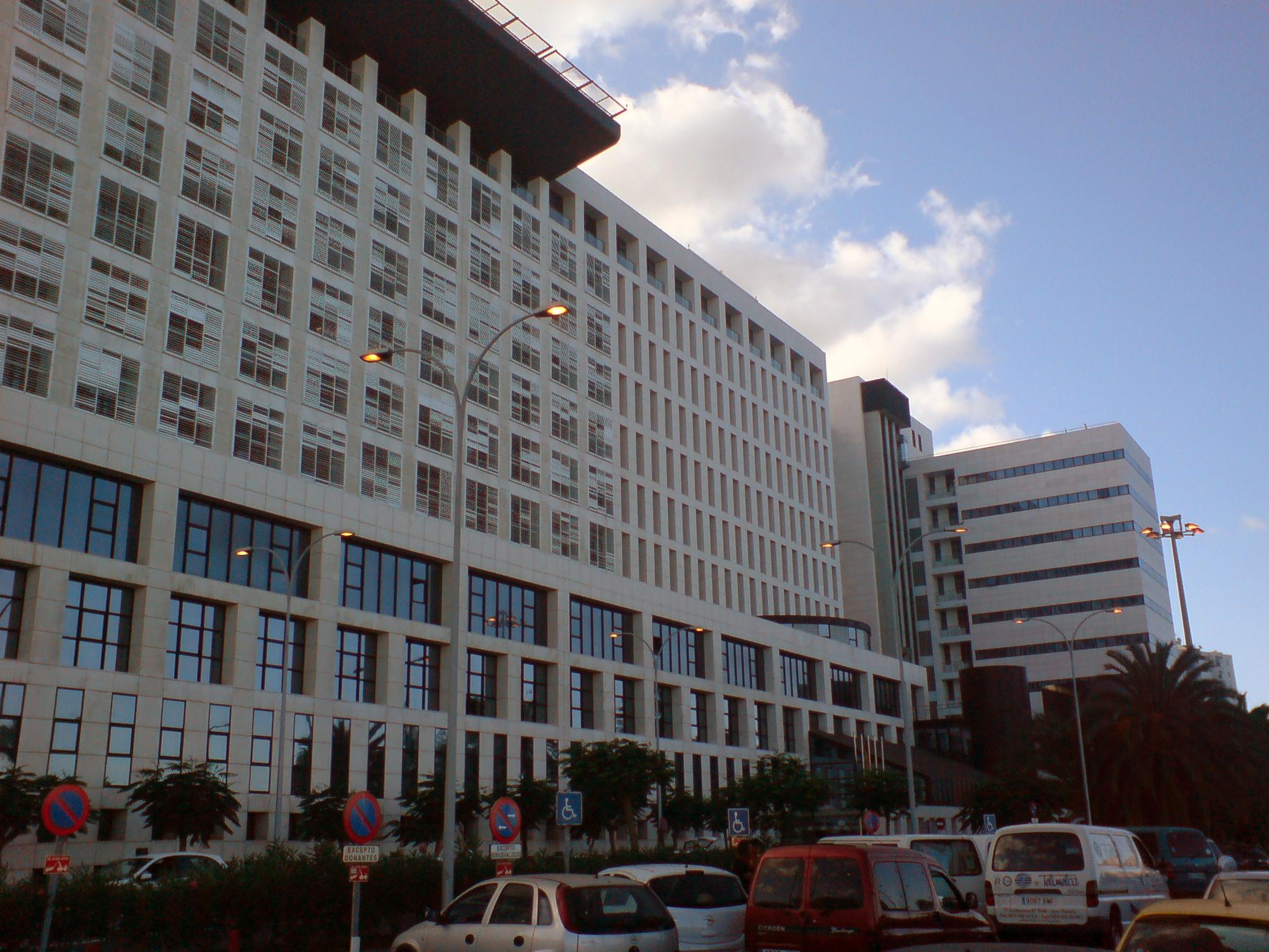 hospital materno infantil palma gran canaria: