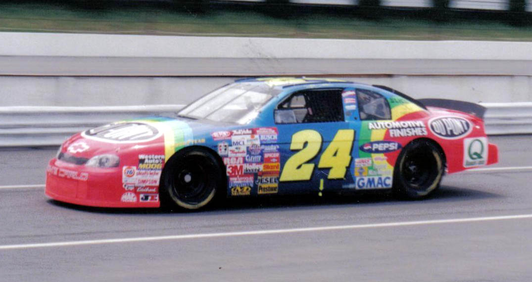 Jeff Gordon 24 Car Pictures. on the front of the car.