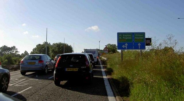 File:Junction 14 southbound M1 motorway - geograph.org.uk - 878477.jpg