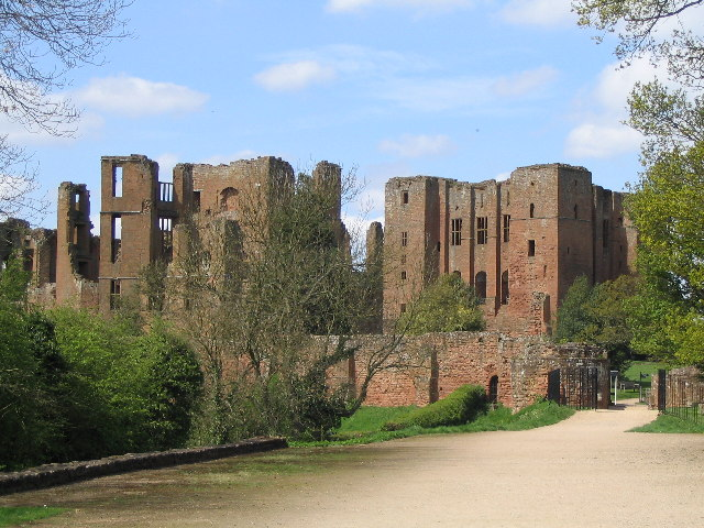 Kenilworth Castle - geograph.org.uk - 103123